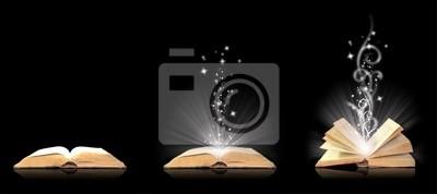 Offenes Buch Magie auf schwarz