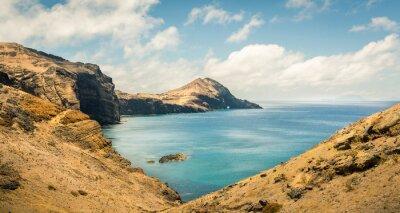 Fototapete Ozean mit Bergen