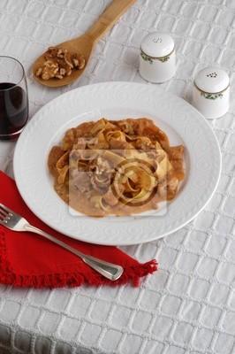 Fototapete: Pappardelle coniglio e noci - primi piatti - cucina del veneto