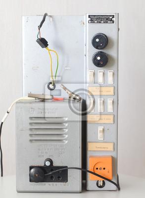 Platte Transformator mit Ladegerät