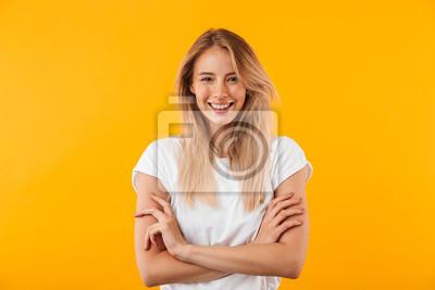 Fototapete Porträt einer lächelnden blonden jungen Frau