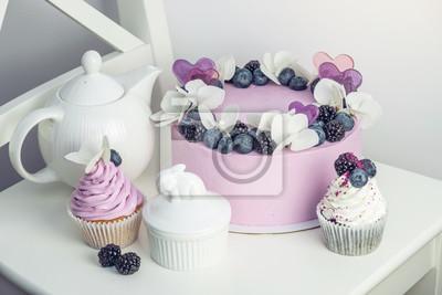 Fototapete Purpurroter Schoner Kuchen Verziert Mit Beeren Brombeeren Und