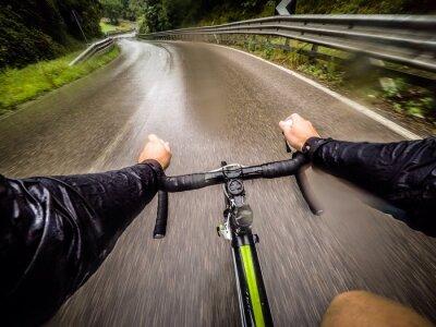 Fototapete ragazzo in bicicletta con la pioggia. pov ursprünglichen Sicht