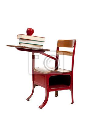Red Schule Schreibtisch Mit Bücher Auf Weißem Fototapete