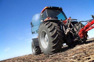 Fototapete Red Traktor mit Pflug