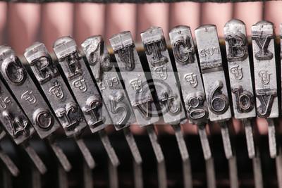Reihe von Vintage-Schreibmaschine Metallgehäuse