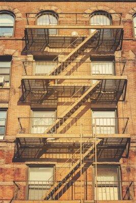 Fototapete Retro Artfoto des Gebäudes mit Feuerleitern, NYC.