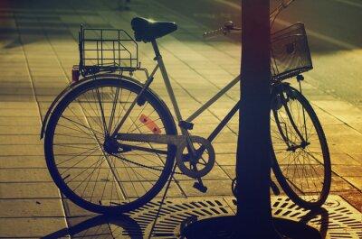 Fototapete Retro-Bike auf der Straße