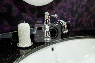 Retro-stil badezimmer - detailansicht der keramik bad waschbecken ...