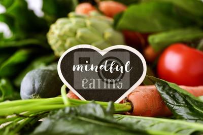 Fototapete Rohes Gemüse und Text achtsam essen