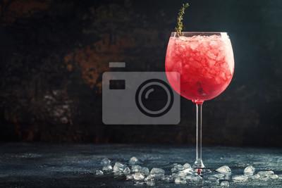 Fototapete Rotes Getränk mit Eis