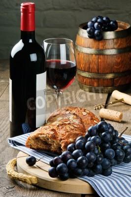 Rotwein und traubensaft in vintage einstellung gem lde f r - Rotwein an der wand ...