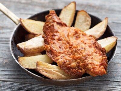 Fototapete Rustikalen traditionellen englischen Fisch und Chips
