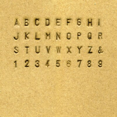 Sans-Serif Alphabet auf Cardnoard gestanzt