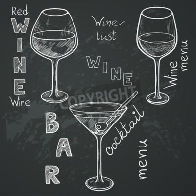 Fototapete Satz von skizzierten Gläser für Rotwein, Weißwein, Martini und Cocktail auf Tafel Hintergrund. Hand geschrieben Briefe im Vintage-Stil mit Kreide auf Tafel gezeichnet.