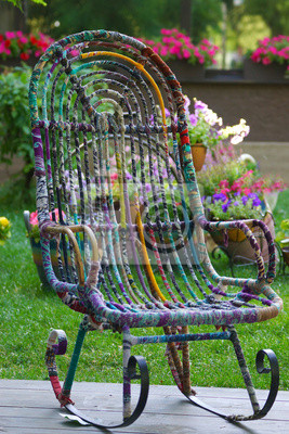 Schaukelstuhl Im Garten Mit Blumen Fototapete Fototapeten Hof