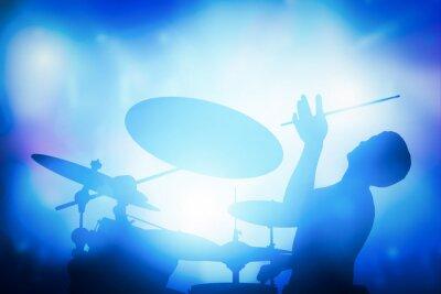 Fototapete Schlagzeuger spielen auf Schlagzeug auf Musikkonzert. Club Lichter