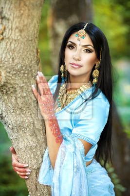 Hübsche Frauen aus Indien kennenlernen - blogger.com