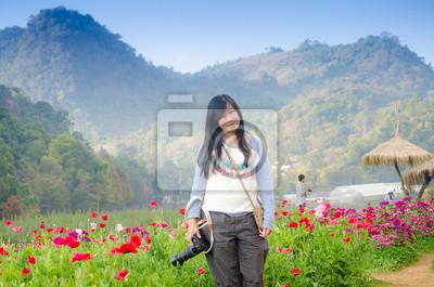 Schöne Junge Frau Blumenwiese Fototapete Fototapeten Lichtung