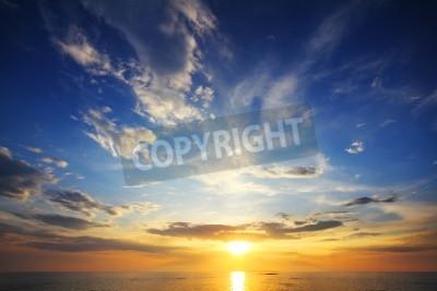 Fototapete Schöne Landschaft mit Sonnenuntergang über dem Meer