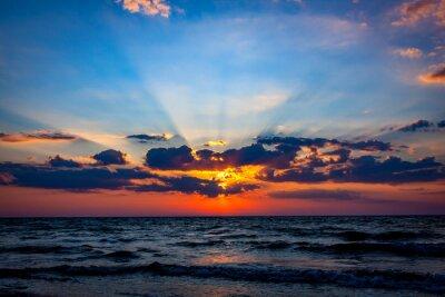 Fototapete Schöne Sonnenuntergang Himmel über Meer