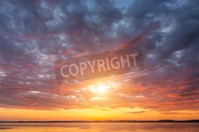 Fototapete Schöne Sonnenuntergang ovet die Seen Alpen Österreich