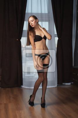 fc0799047c49d Fototapete: Schöne weibliche körper in schwarzen dessous