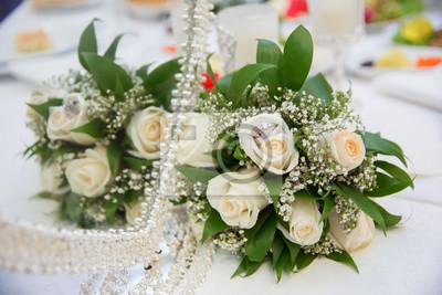 Schone Weisse Hochzeit Strausse Im Korb Backgraound Bouquet Blumen