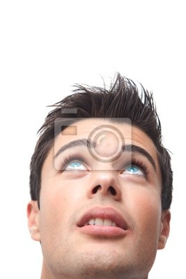 Schwarze haare blaue augen mann Braune Haare