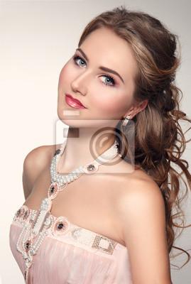 rosa kleid make up