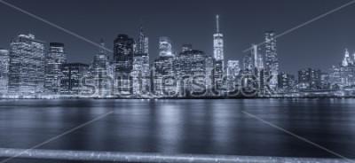 Fototapete Schwarzweiss-Nachtansicht von New York City.