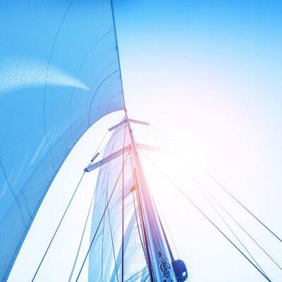 Fototapete Segeln auf blauen Himmel Hintergrund