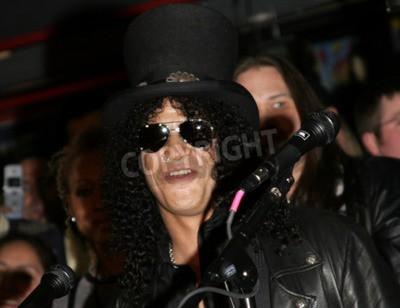 Fototapete Slash, Ronnie James Dio und Terry Bozzio In den Hollywood-Rockwalk im Hollywood Guitar Center RockWalk in Hollywood, USA, am 17. Januar 2007 eingeleitet.