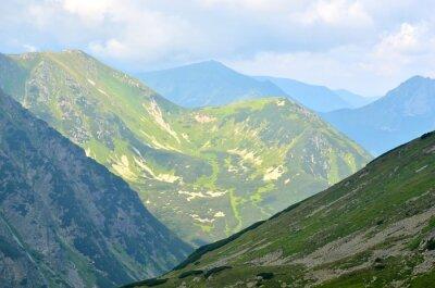 Fototapete Sommer Berglandschaft. Grüne Gipfel in der polnischen Tatra.