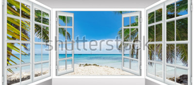 Fototapete Sommer sonnigen Tag der Blick aus dem Fenster auf den Strand mit Palmen