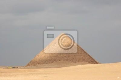 Sonne scheint Fleck auf Rote Pyramide in Dahschur, Ägypten