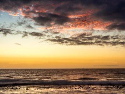 Fototapete Sonnenuntergang auf einem Schiff auf dem Atlantik in Kapstadt - 1