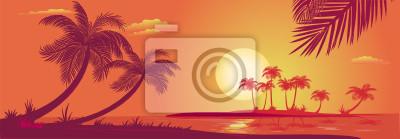 Sonnenuntergang mit Palmen am Meer