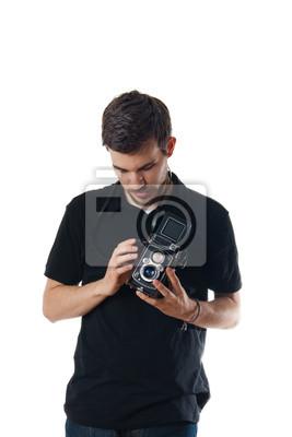 Stattlicher Mann mit Vintage-Foto-Kamera