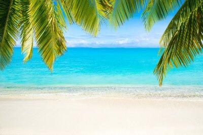 Fototapete Strand mit Meer als Hintergrund