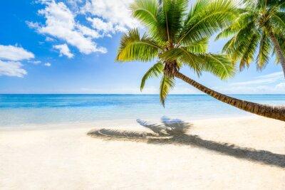 Fototapete Strandurlaub auf einer einsamen Insel im Meer