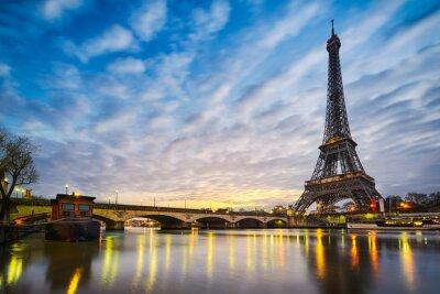Fototapete Sunrise at the Eiffel tower, Paris