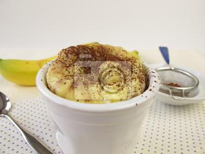 Tasse Kuchen Aus Der Mikrowelle Mit Banane Und Kakao Fototapete