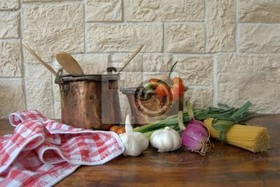 Tavolo in cucina con verdure fototapete • fototapeten Pfanne ...