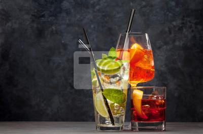 Fototapete Three classic cocktail glasses