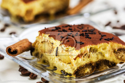 Tiramisu Kuchen Mit Kaffeebohnen Und Zimt Fototapete Fototapeten