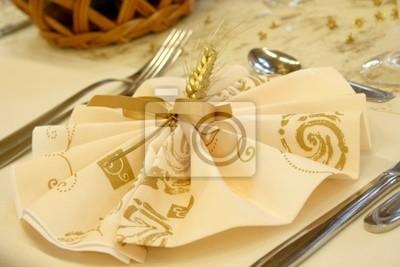 Tischdeko goldene hochzeit fototapete fototapeten elsass feierliche weinglas - Goldene hochzeit tischdeko ...