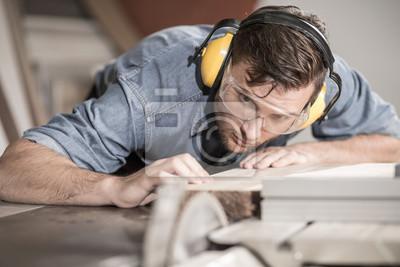 Tischler bei der arbeit  Tischler bei der arbeit mit holz fototapete • fototapeten ...