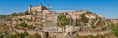 Fototapete Toledo medieval city panoramic view. Spanish traditional old town
