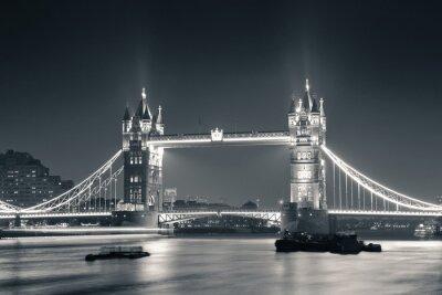 Fototapete Tower Bridge bei Nacht in Schwarz und Weiß